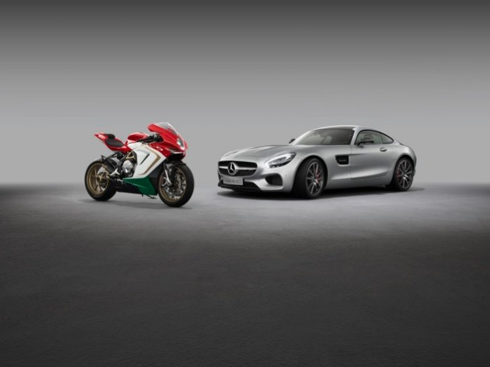 Mercedes-AMG und MV Agusta geben Kooperation bekannt. Die neue Partnerschaft umfasst die Zusammenarbeit bei Marketing und Vertrieb. Hier die aktuellen Produkt-Highlights der beiden High-End Marken: Der Mercedes-AMG GT S und die MV Agusta F3 800 Ago. // Mercedes-AMG and MV Agusta announce cooperation. The new partnership covers the cooperation in the area of marketing and sales. The actual product highlights of the two high-end brands: The Mercedes-AMG GT S and the MV Agusta F3 800 Ago.