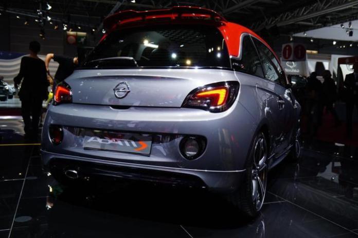 2015 Opel Adam S live in Paris 3