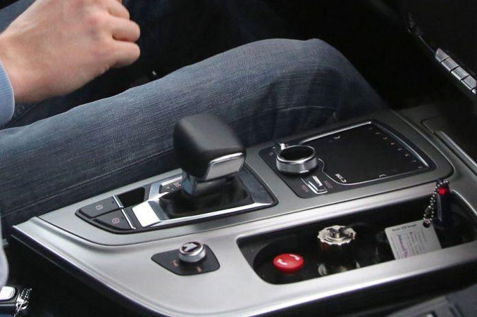 Audi Q7 2015 Spy Photos (4)
