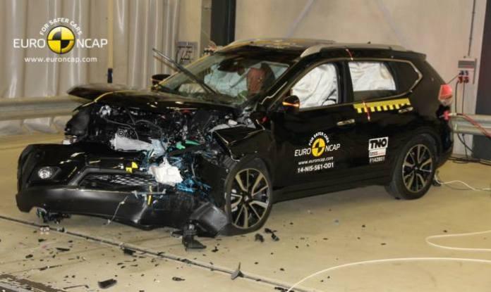 Euro NCAP Nissan X-Trail, Mercedes V-Class and Citroen C4 Cactus Crash Tests (4)