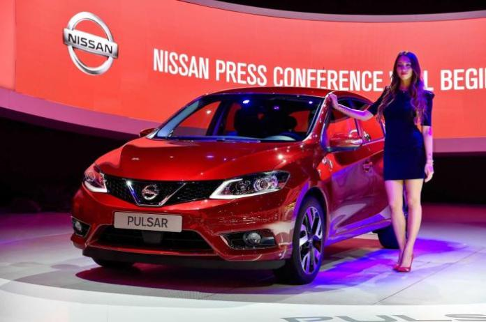 Nissan Pulsar at the 2014 Paris Motor Show 1