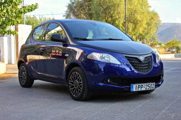 Test_Drive_Lancia_Ypsilon_S_Momodesign_02