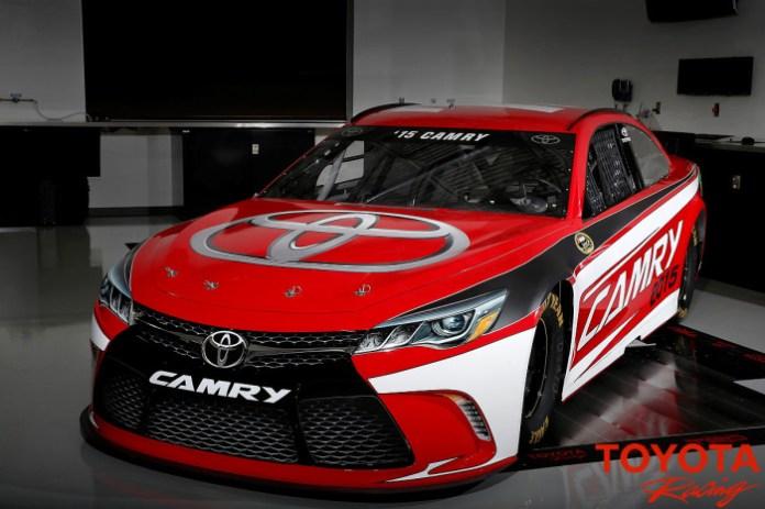 Toyota Camry 2015 NASCAR (2)