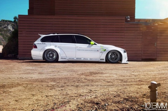 BMW 3 series Touring by Liberty Walk Performance