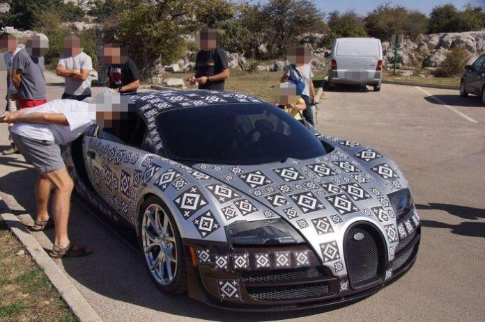 Bugatti Veyron successor test mule spy photos (4)