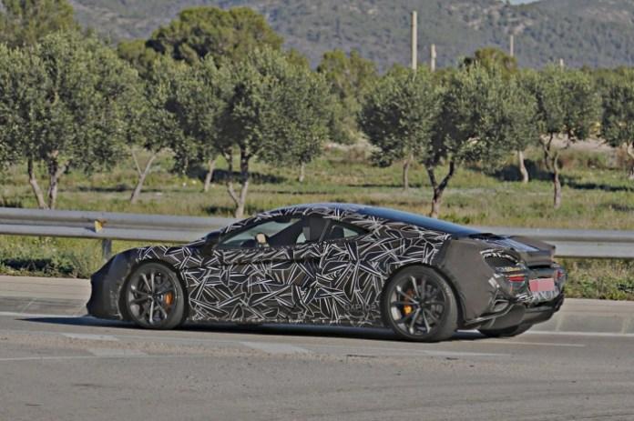 McLaren P13 (3)