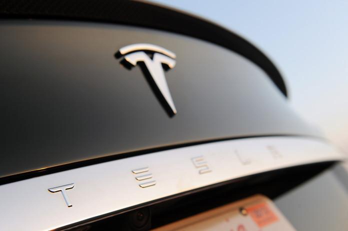Tesla-Model-S-43