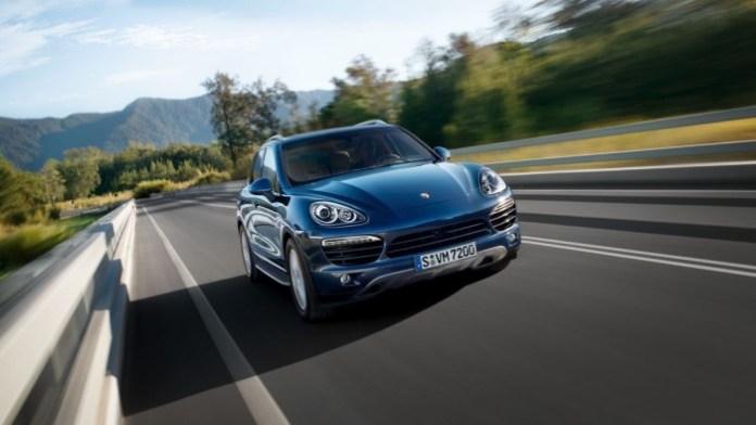 2014_Porsche_Cayenne_Diesel_1176855