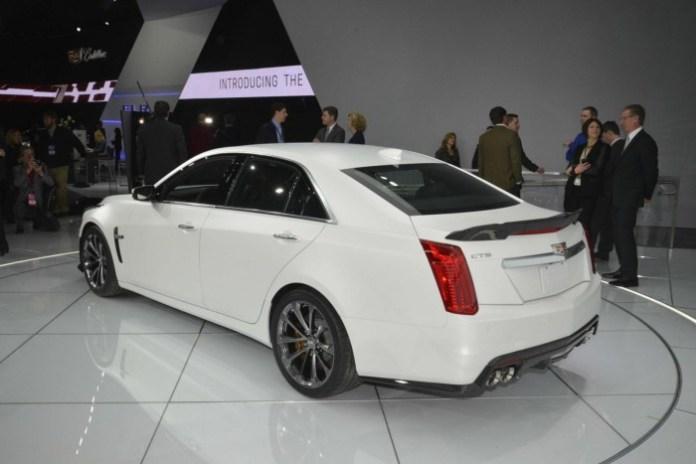 2016 Cadillac CTS-V (5)