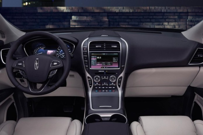 2016 Lincoln MKX leaked photo 7