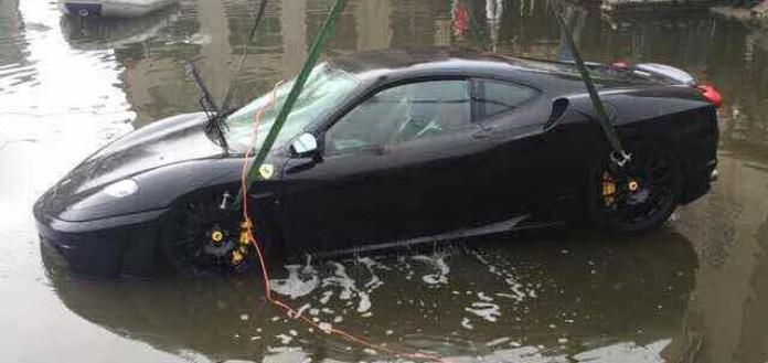 Ferrari F430 Crashes into River (4)