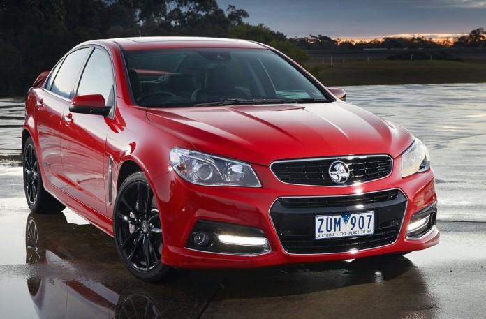 Holden-VF_Commodore_SSV_Redline_2014