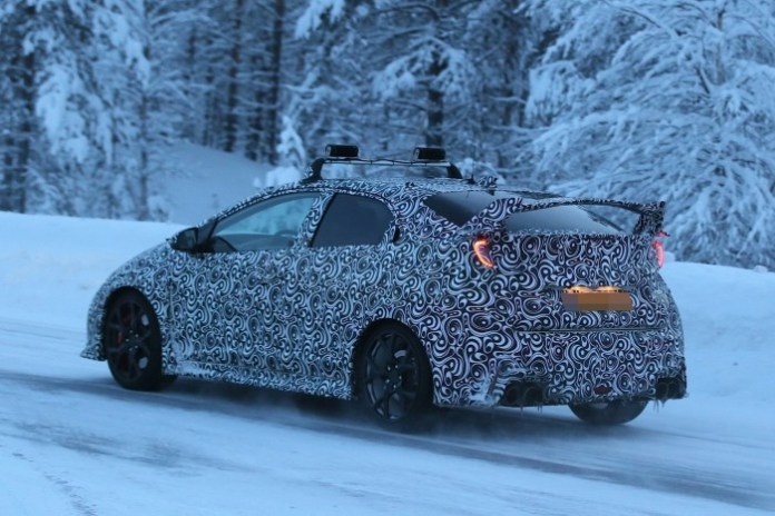 Honda Civic Type R 2016 Spy Photos (7)