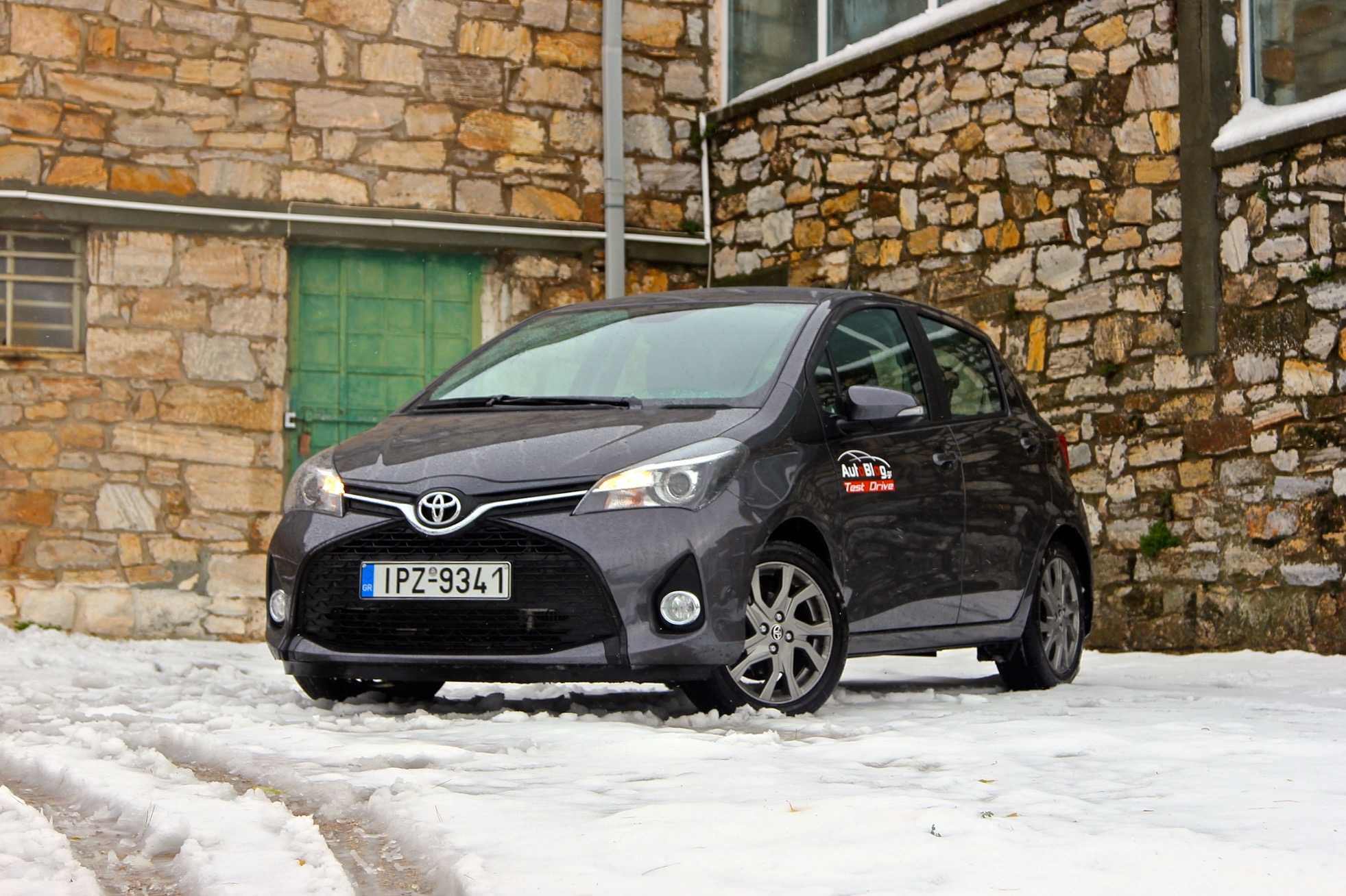 test drive toyota yaris diesel facelift. Black Bedroom Furniture Sets. Home Design Ideas