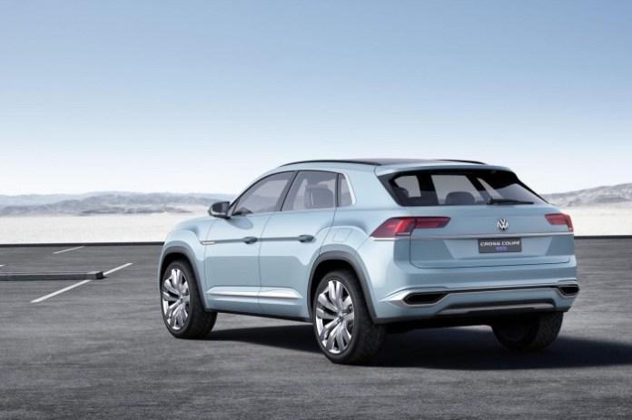 Volkswagen Cross Coupe GTE concept 4
