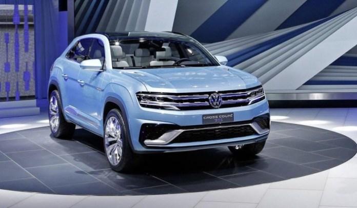 Volkswagen Cross Coupe GTE concept live