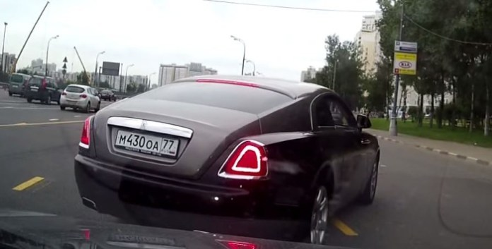 rolls royce wraith driver