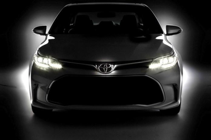 2016-Toyota-Avalon-2