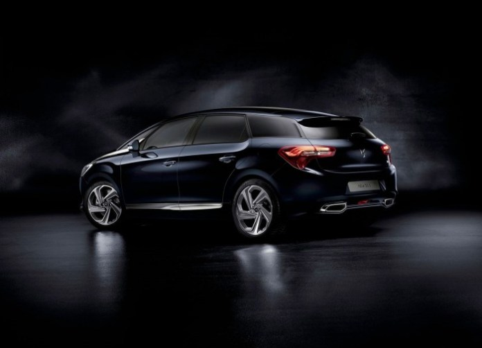 Citroen-DS5_2016_1600x1200_wallpaper_02