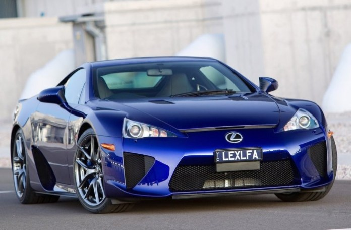 Lexus-LFA_2011_1024x768_wallpaper_04