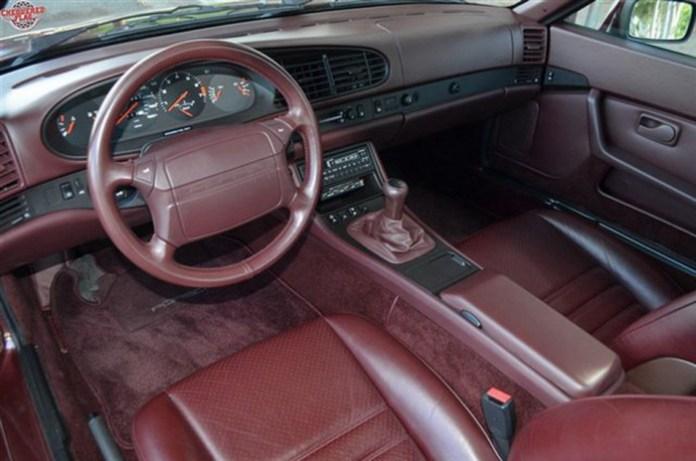 Porsche-944-Turbo-14
