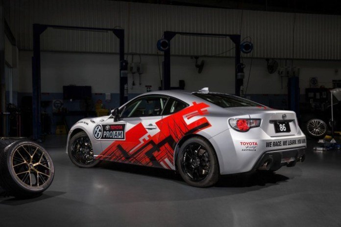 TOYOTA 86 PRO-AM RACE CAR 5