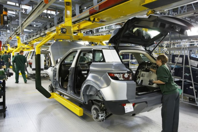 jaguar land rover plant Production-of-the-Evoque-at-JLRs-Halewood-site