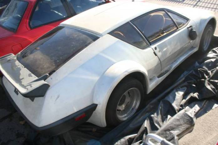 rare-alpine-a310-awaiting-an-owner-in-la_2