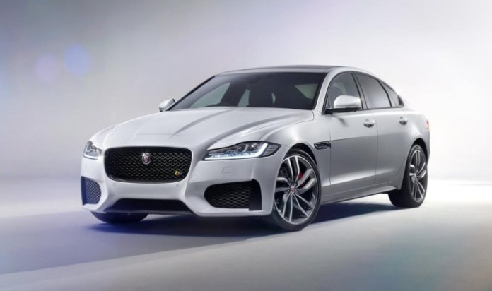2016 Jaguar XF (7)