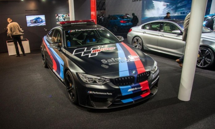 BMW-M4-Safety-Car-2073