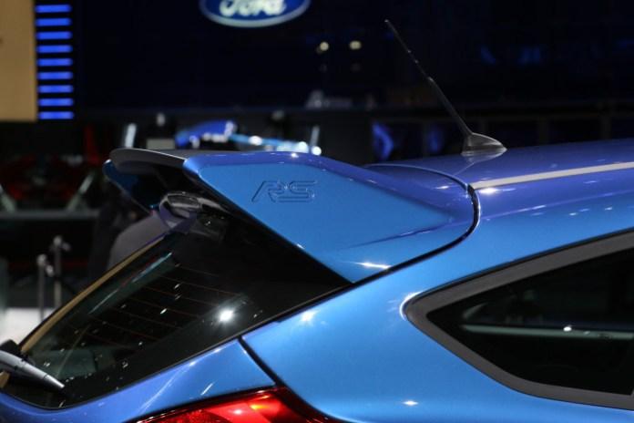 Geneva rear wings Ford Focus RS