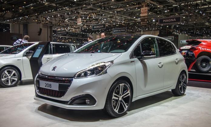Peugeot-208-facelift-2106