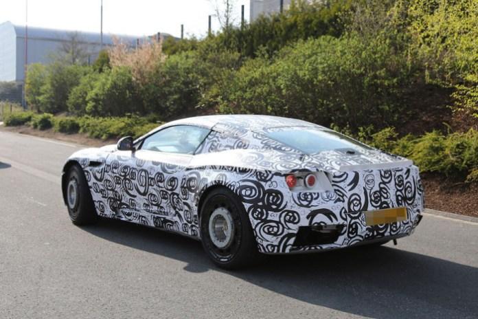 Aston Martin DB11 spy photos (1)