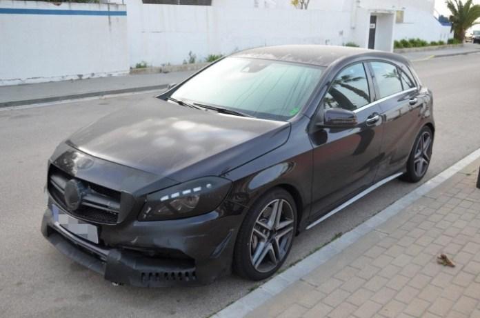 Mercedes-A45-AMG-Facelift-2016-Spy-Photos-4