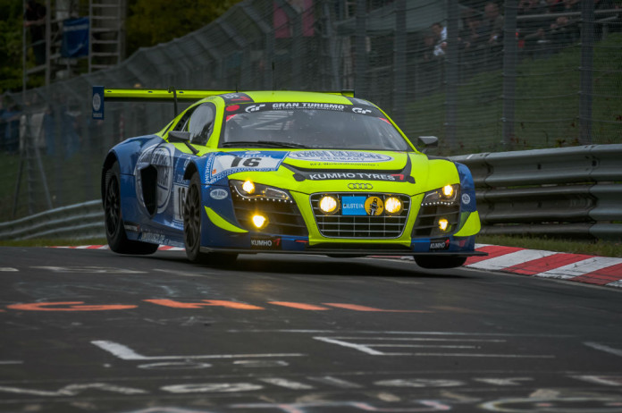 Nurburgring-24-Hours-2013-Audi-R8-LMS-carwitter