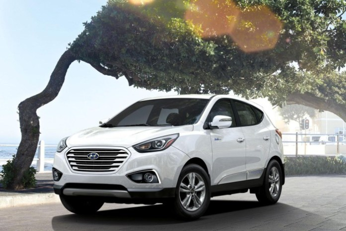 2016_Hyundai_Tucson_Fuel_Cell04