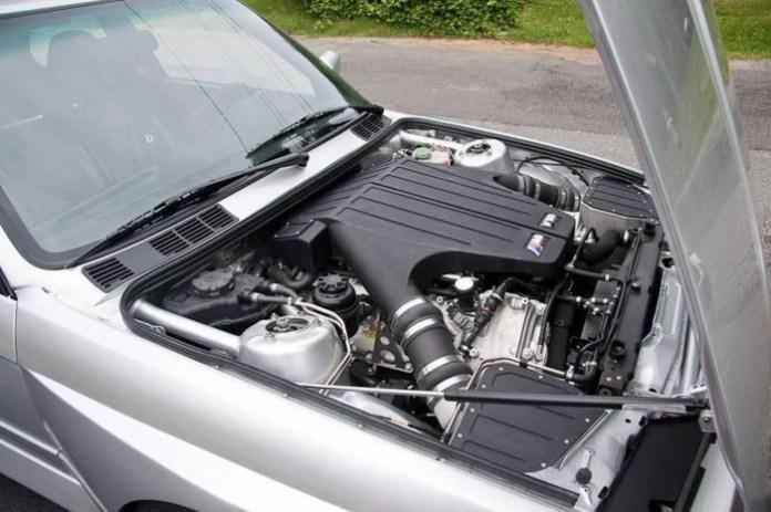 BMW-M3-E30-V10-12