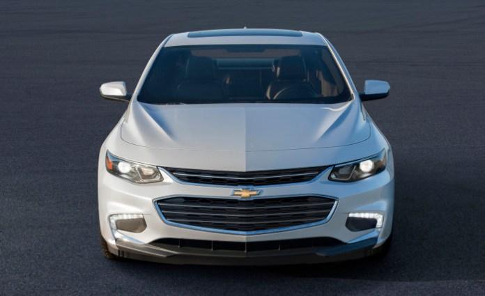 Chevrolet-Malibu-2016-4