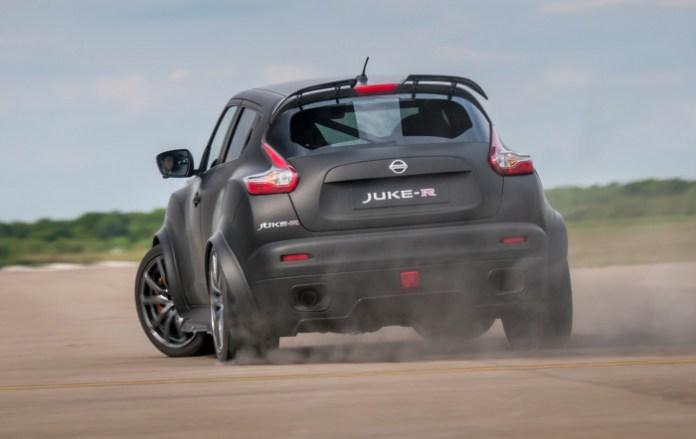Nissan-Juke-R-20-11