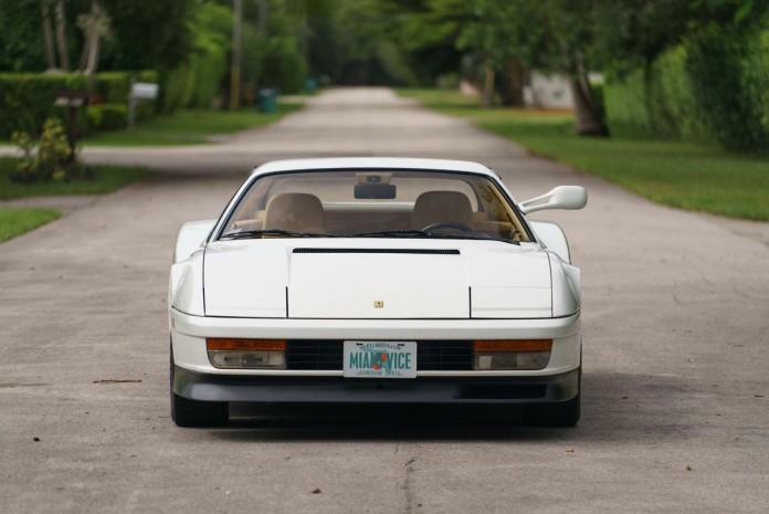 1986_Ferrari_Testarossa_from_Miami_Vice_03