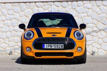 Test_Drive_Mini_Cooper_S_45