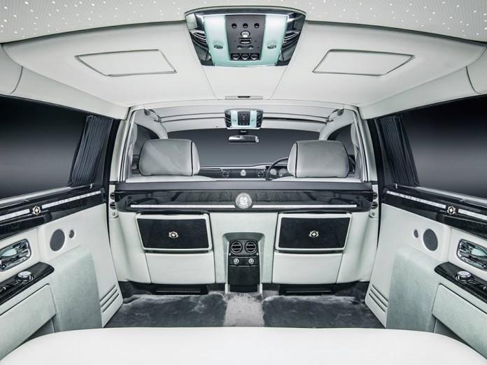 Rolls-Royce Phantom Zahra Emanates (6)