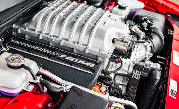 dodge-hellcat-engine
