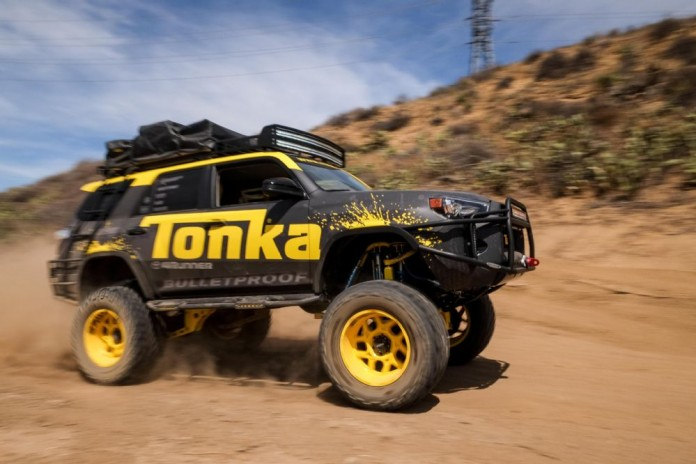 tonka-toyota-4runner-front-three-quarter-in-motion-07
