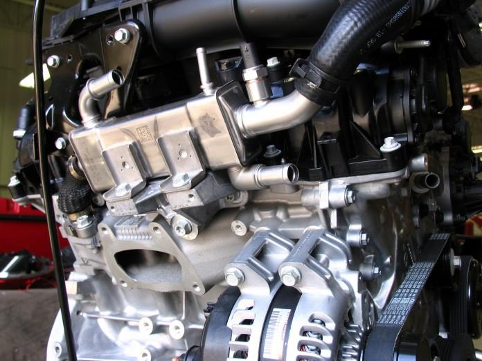 Chrysler-3-6-liter-Pentastar-V6-2