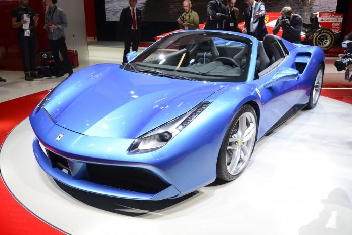 Ferrari 488 Spider (3)