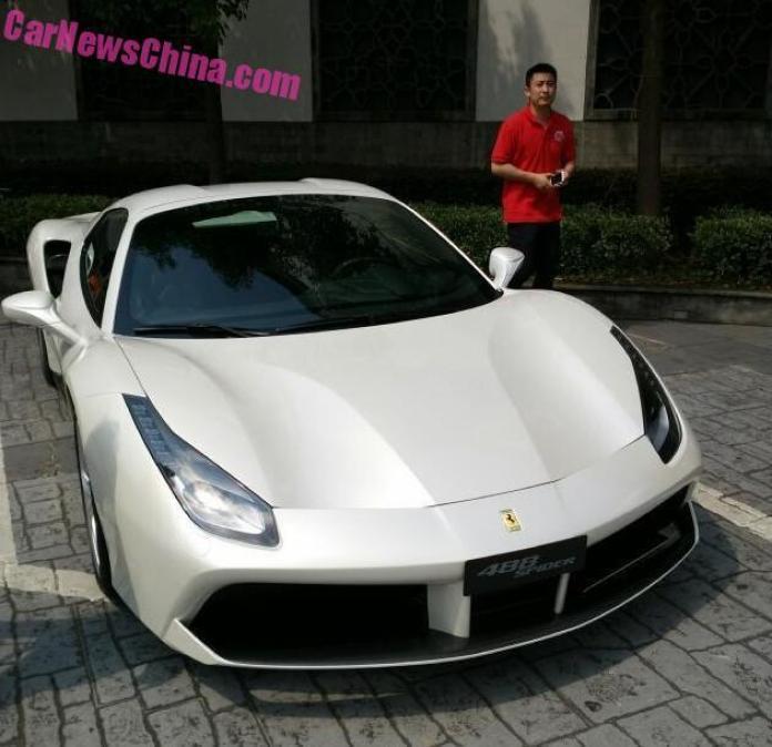Ferrari_488_Spider_03