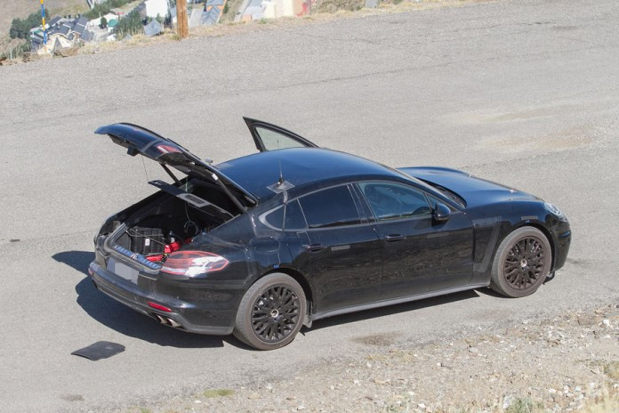 Porsche-Panamera-2016-Spy-Photos-2