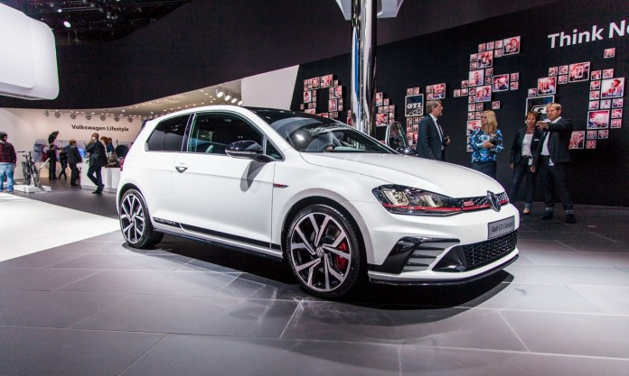 Volkswagen-Golf-GTI-Clubsport-5368