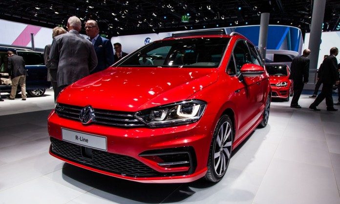 Volkswagen-Golf-Sportsvan-R-Line-5339